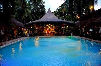 Paradise Garden Resort Hotel & Convention Center Boracay Outdoor Pool