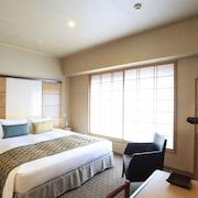 東京庭飯店