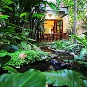 瑟維瓦納套房度假飯店