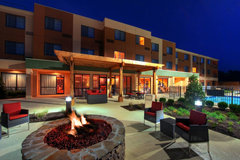 Courtyard Marriott Johnson City
