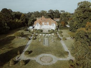 tarifs reservation hotels Chateau du Clair de Lune