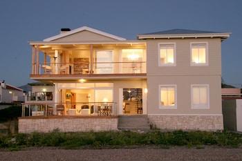 138 Marine Beachfront Guesthouse (331006) photo