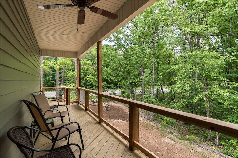 Trails Edge 16 2 Bedroom Home