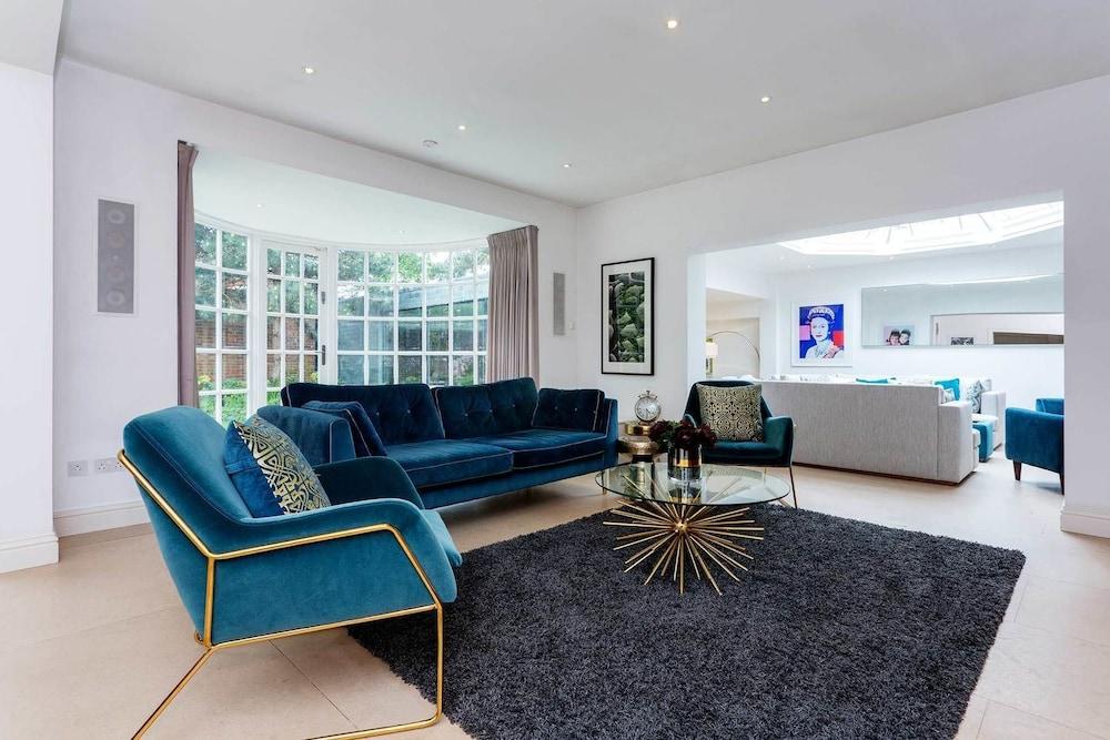 Luxury near Richmond Park
