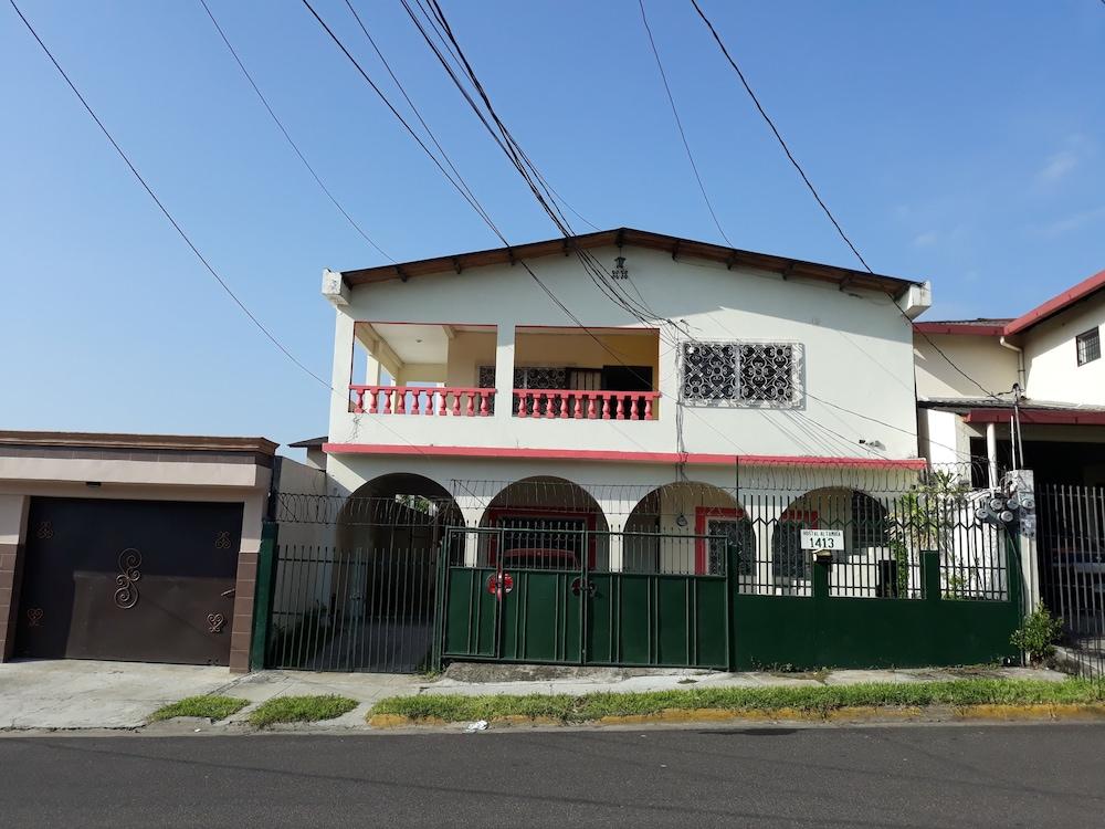 Hostal Altamira