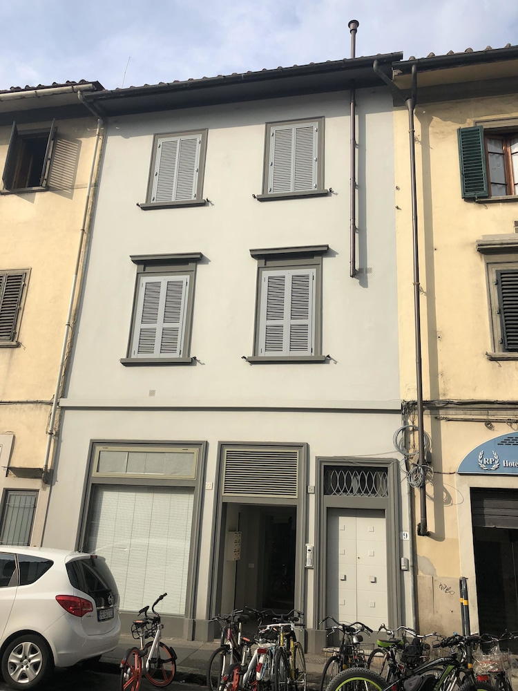 Art Apartment Porta a Prato