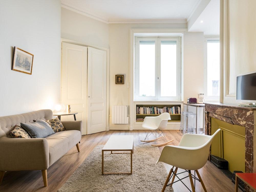 Honorê - Hôtel Pour Nomades Rêveurs - 7 rue Boissac
