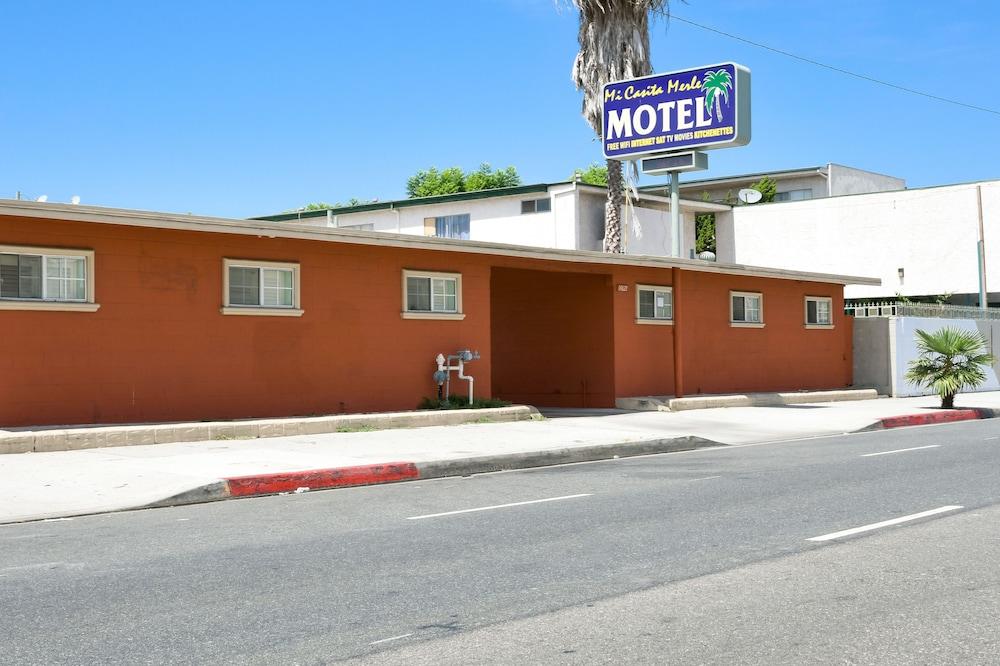 Merle Motel