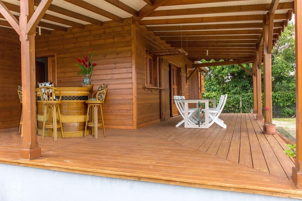 House With 3 Bedrooms in Saint-françois, With Enclosed Garden and Wifi