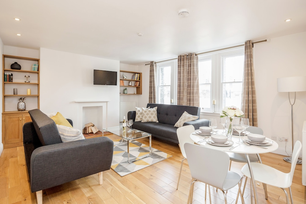 Great Mayfair Apartment - Sleeps 6