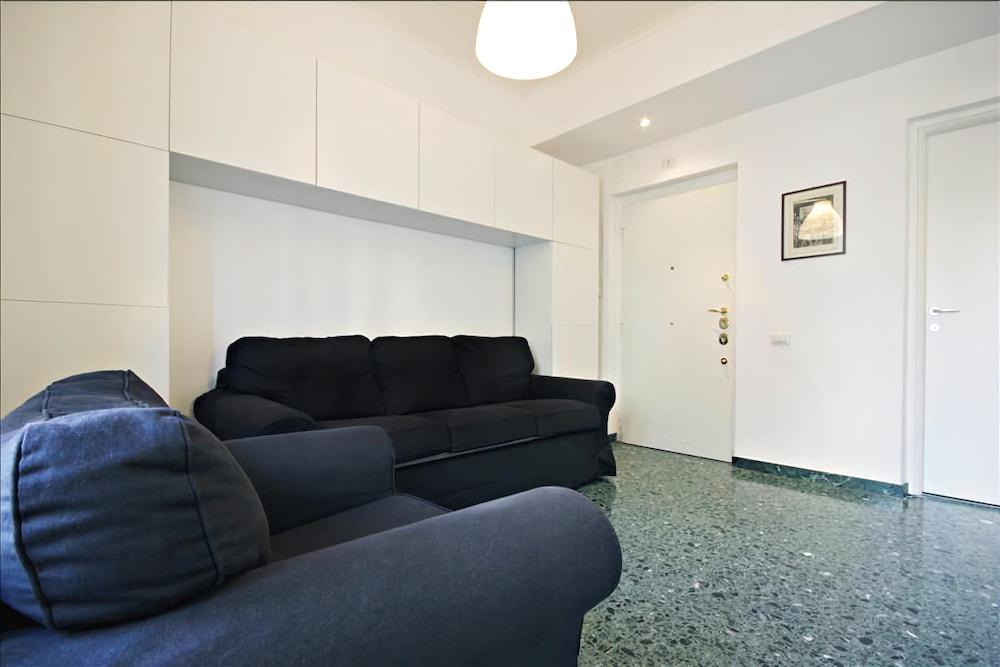 Bright one Bedroom Halldis Apartment With Balcony