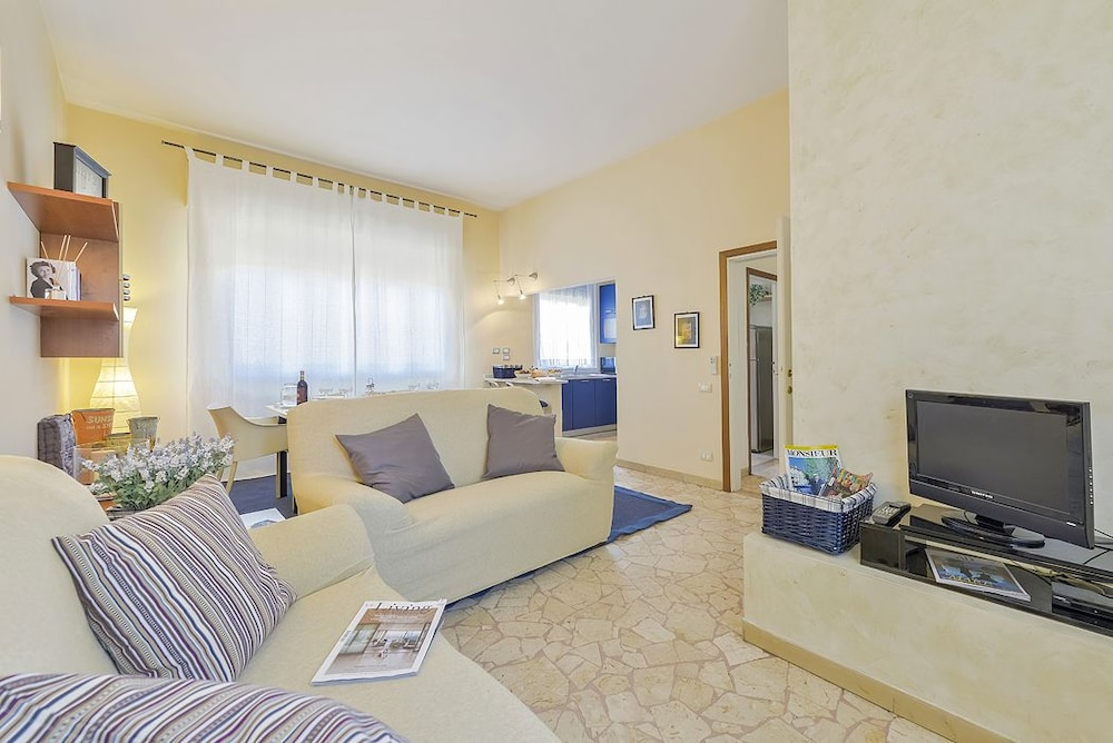 Phoenix - Modern and welcoming apartment in Porta al Prato area