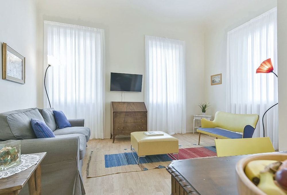 Galileo - Bright apartment minutes from the Uffizi Museum and Piazza d