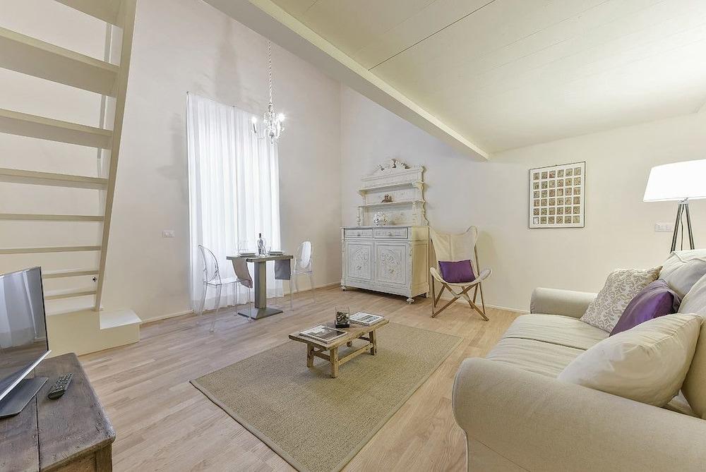 Giudici - Cozy and welcoming loft, close to the Uffizzi Gallery