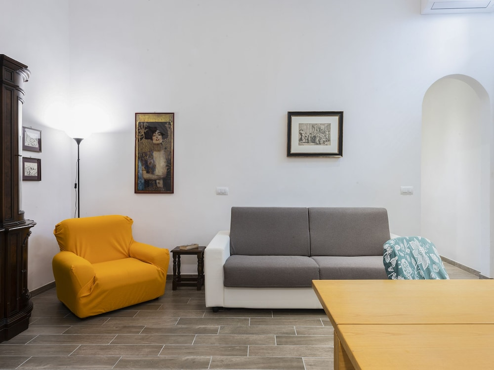 Serenity - Quiet apartment in Oltrarno area, steps from Palazzo Pitti