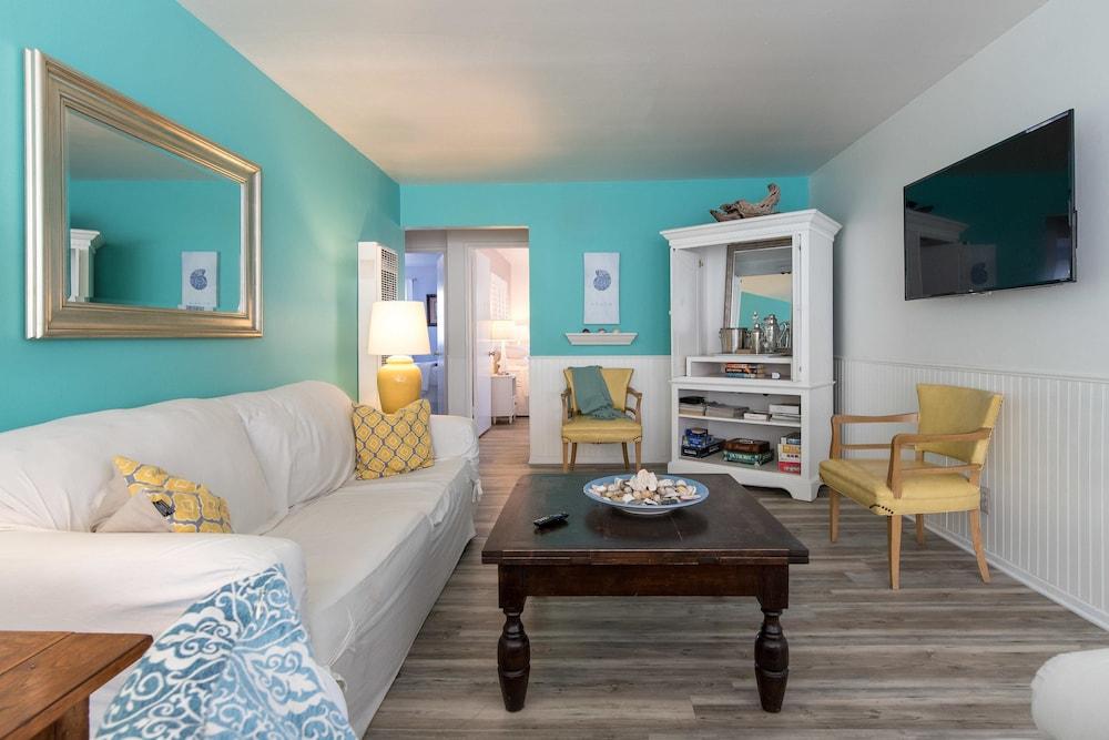 Weymouth Lane 3 Bedroom Beach Home