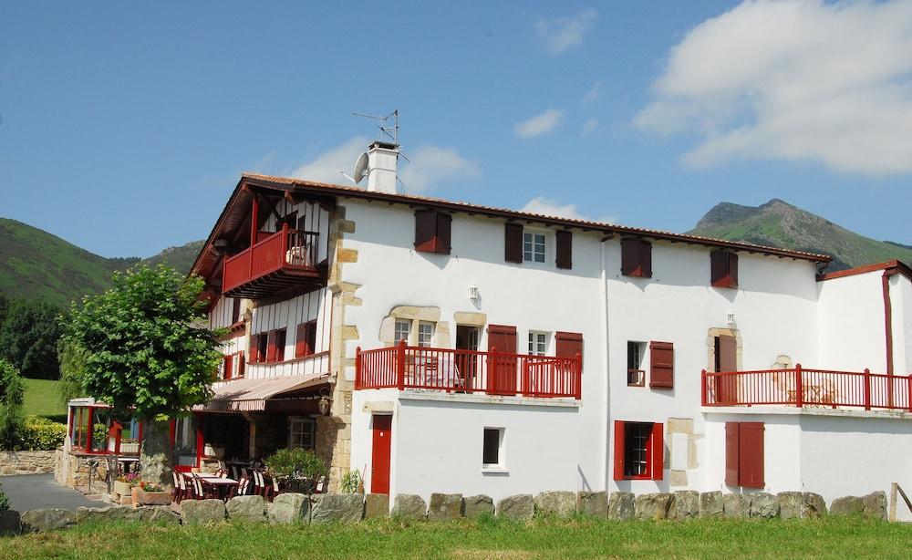 Hôtel Pikassaria