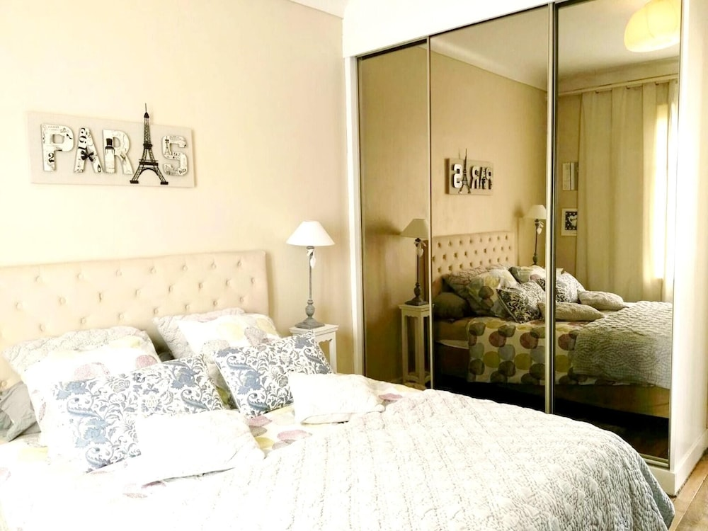 Apartment With 2 Bedrooms in Saint-denis, With Wonderful City View, Ba