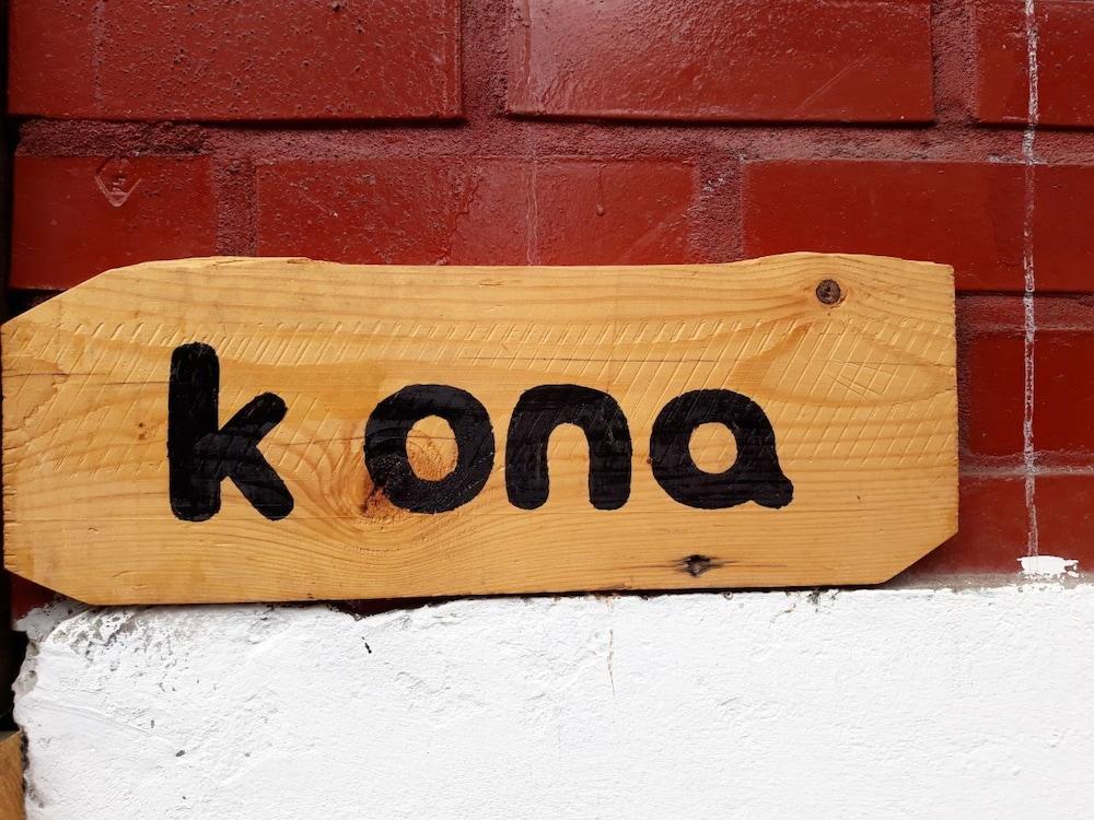 Kona House - Hostel