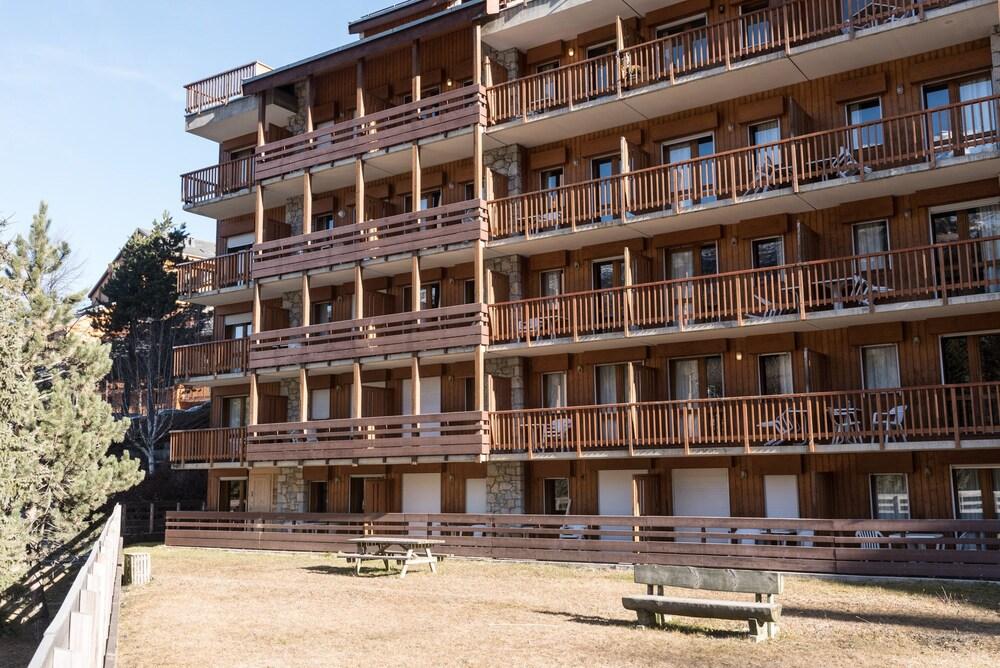 Au Coeur De Meribel: Superbe Appartement Skis Aux Pieds Pour 5-7 Perso