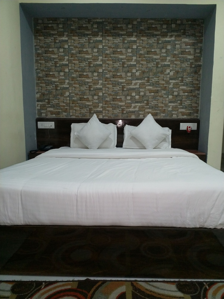 Tropical Suites