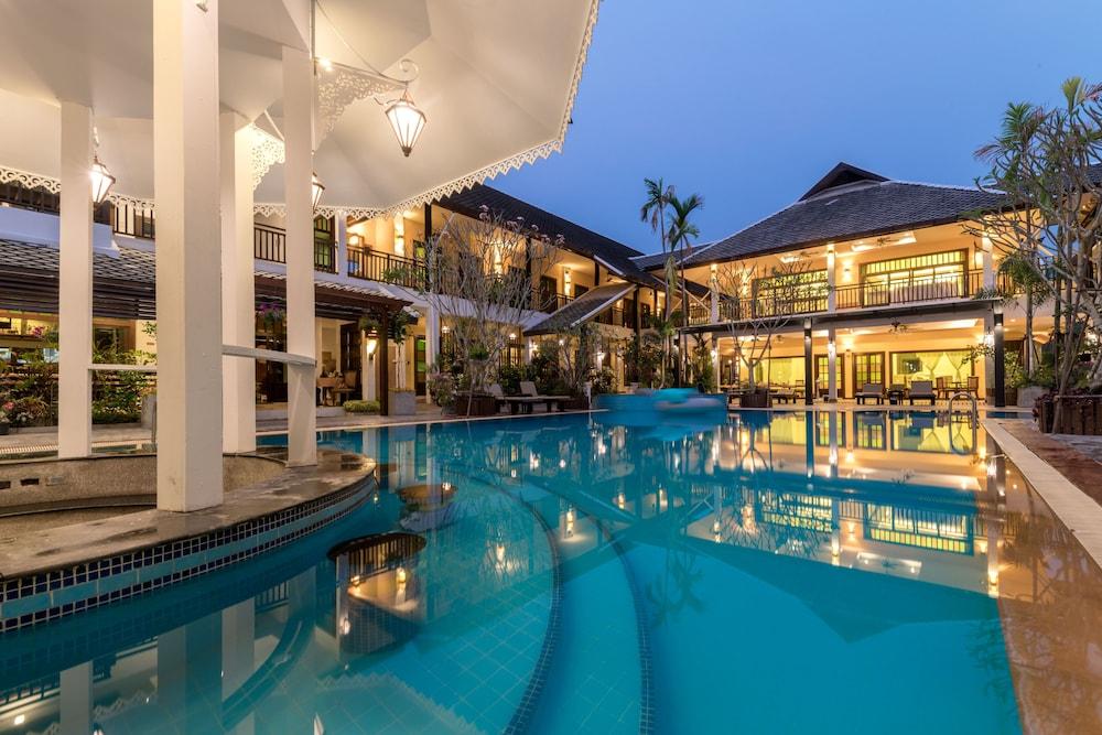 Vdara Pool Resort and Spa