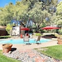 Updated 2br W/ Pool Oasis 2 Bedroom Cabin photo 21/24