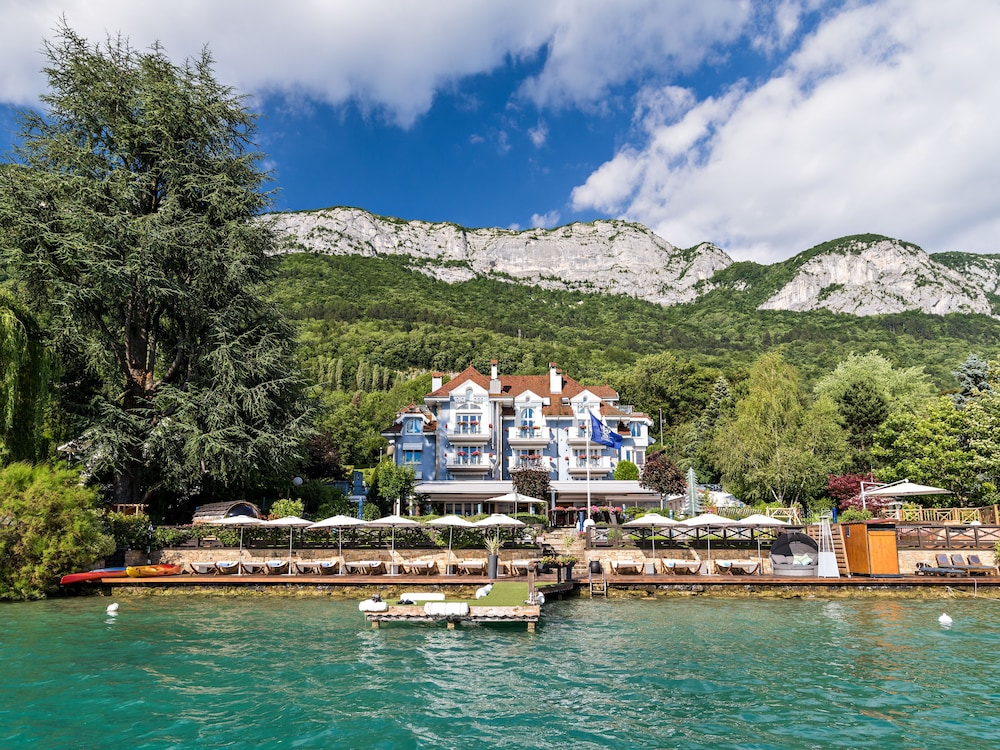Hôtel Restaurant Yoann CONTE Bord du Lac