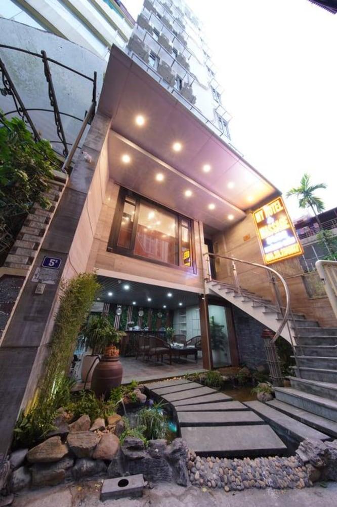 Hovi Hoang Cau 5 - My Hotel