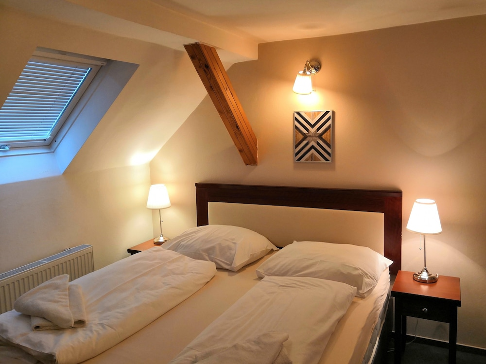 Elen's Hotel Arlington Prague