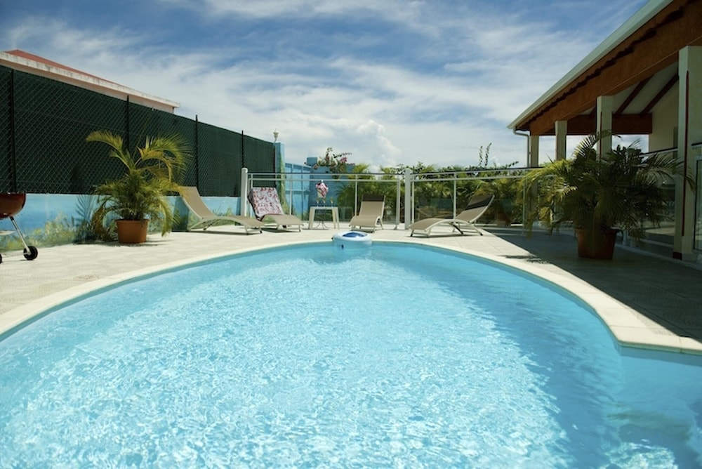 Villa With 3 Bedrooms in Saint-françois, With Private Pool, Enclosed G