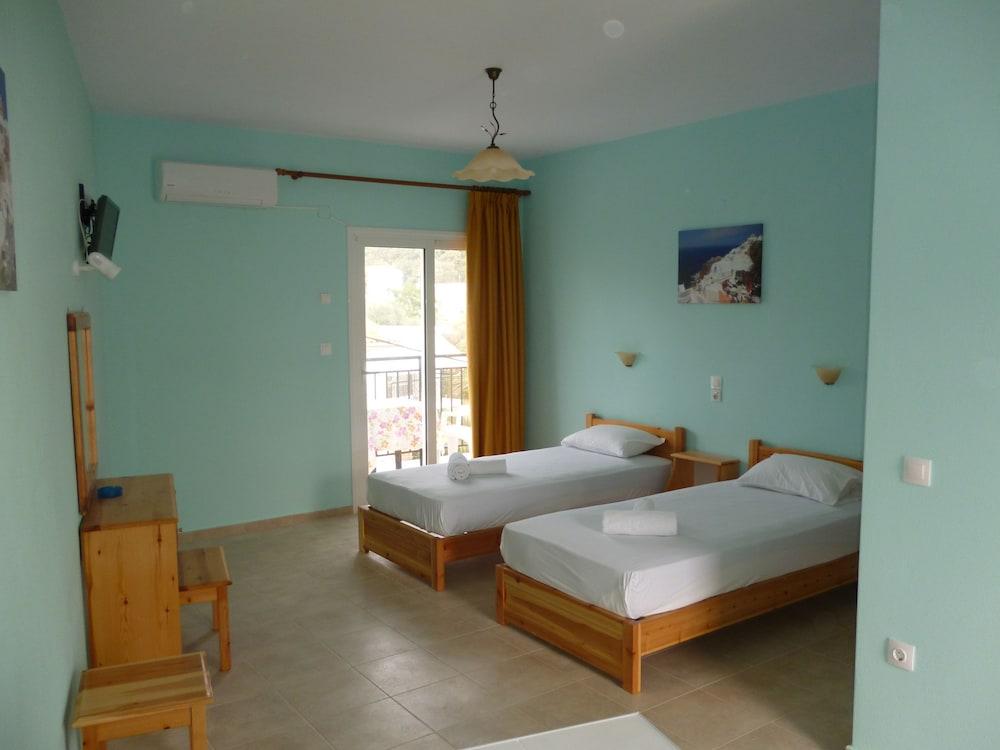 Alexandros Guest House