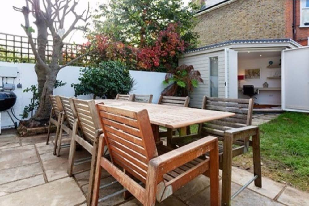 4 Bedroom Flat In Notting Hill