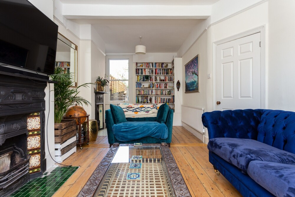 3 Bedroom House With Garden Near Notting Hill