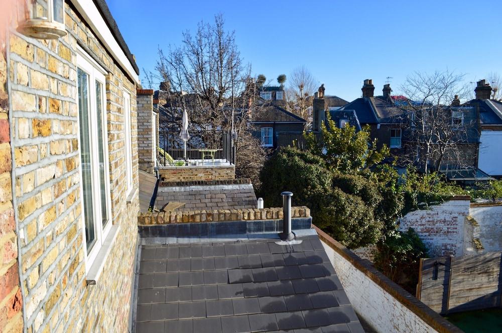 3 Bedroom Cottage in Kensington Sleeps 6
