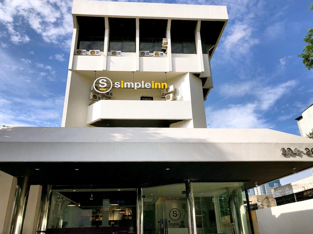 Simple Inn Jakarta Wahid Hasyim