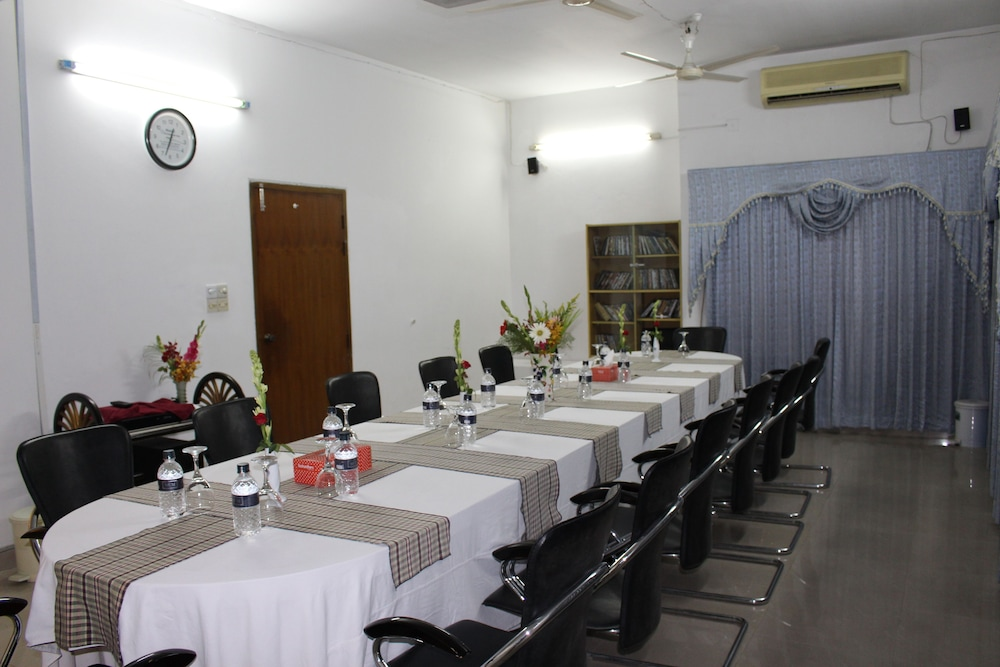 Hotels in Banani, Dhaka @ 25% OFF - 74 Hotels with Lowest Rates