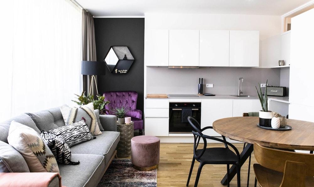 rent24 Apartments & Suiten P180