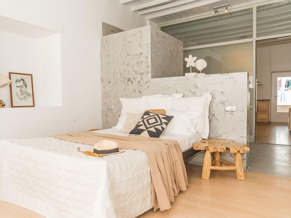 Aretousa Deluxe Apartment