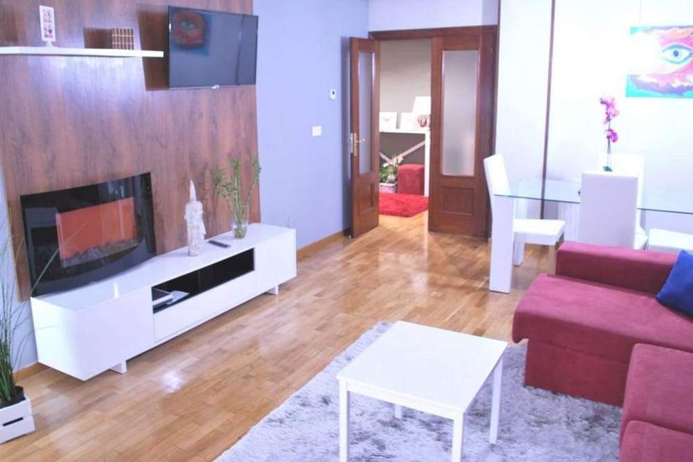 Apartment With 4 Bedrooms in Vitoria-gasteiz, With Wonderful City View