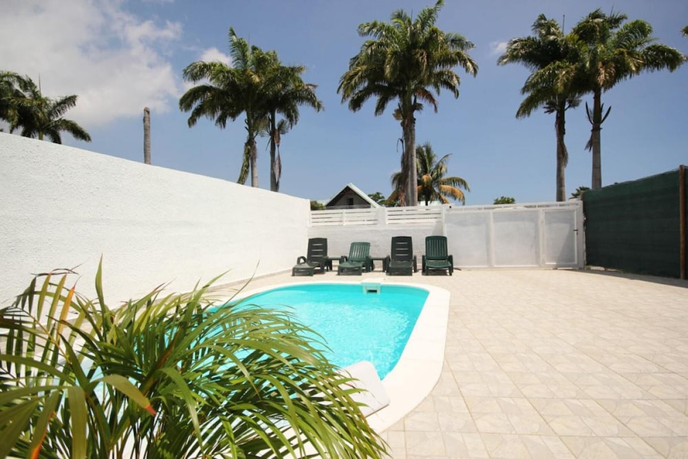Villa With one Bedroom in Saint François, With Private Pool, Furnished