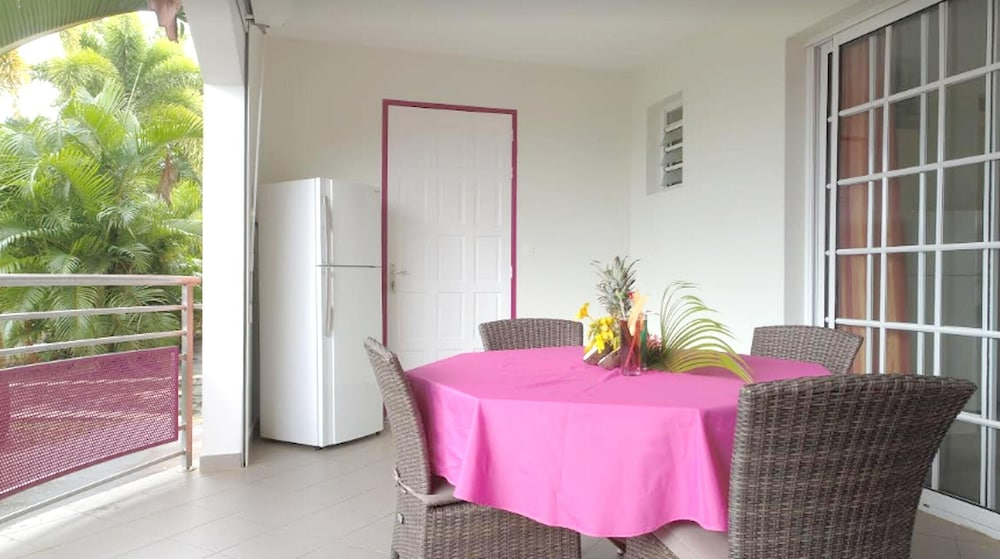 Apartment With one Bedroom in Sainte-luce, With Pool Access, Furnished