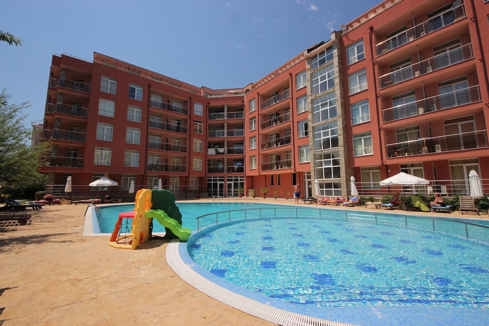 Rainbow 2 - Menada Apartments