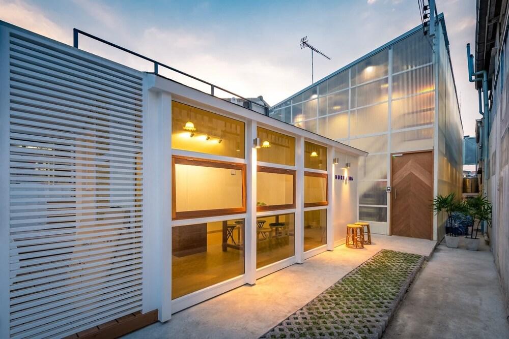 Morn-Ing Hostel