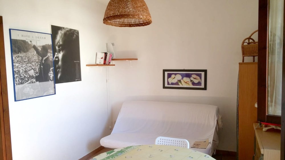 Apartment With one Bedroom in Melendugno, With Furnished Balcony - 200