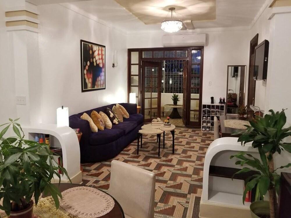Luxury 2 Br. Art Deco Home
