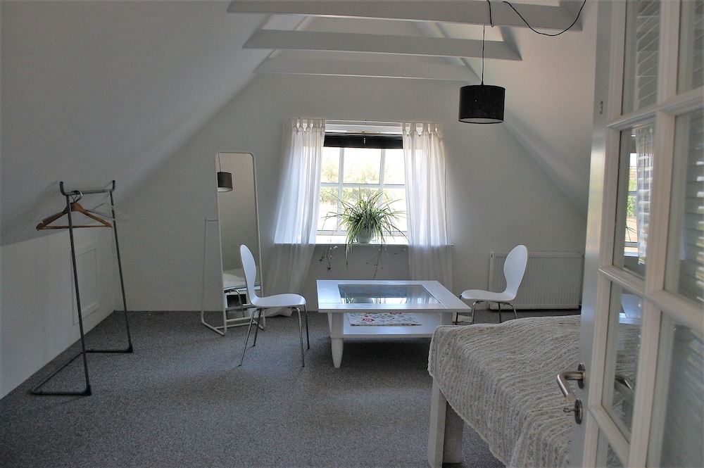Fredensborg Guesthouse IvS