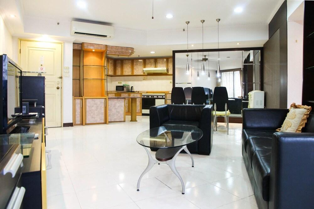 2BR Family Sudirman Condominium Apartment near Plaza Semanggi