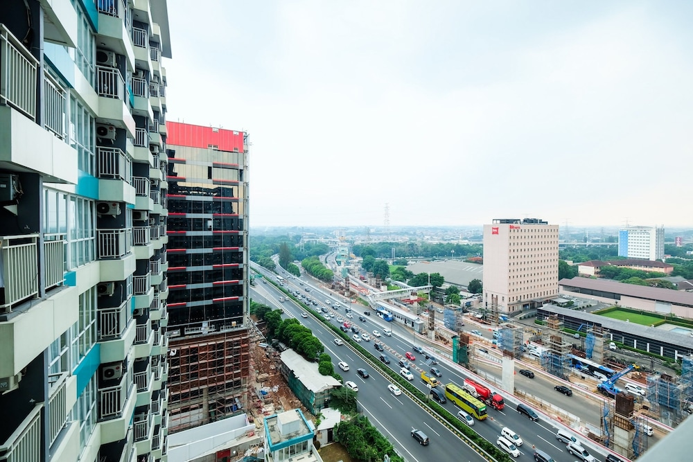 Spacious Fully Furnished Studio Apartment H Residence Near Mt Haryono Jakarta Price Address Reviews