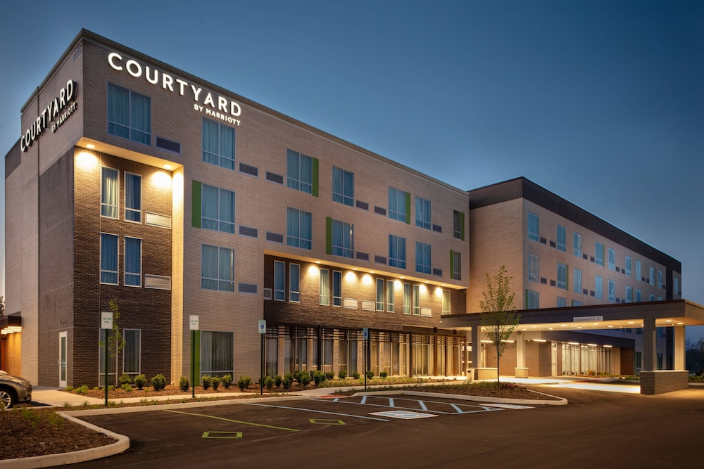 Courtyard by Marriott Indianapolis West - Speedway